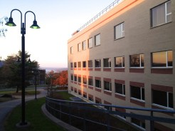 Ithaca_College_Whalen_Center_Hill_103012