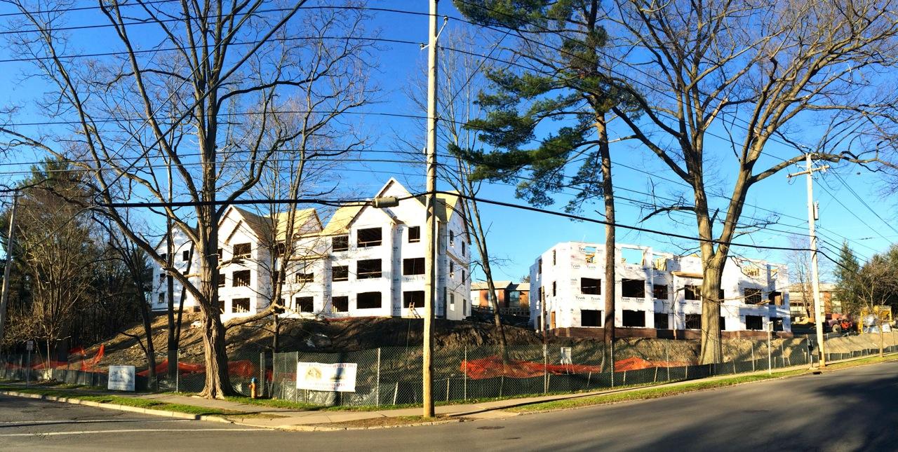 Thurston-Ave-Apartments-Ithaca-04241406
