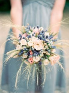 fall-bridal-bouquets-wedding-flowers-barn-wedding__full