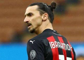 Ibrahimovic gia hạn với Milan đến 2022