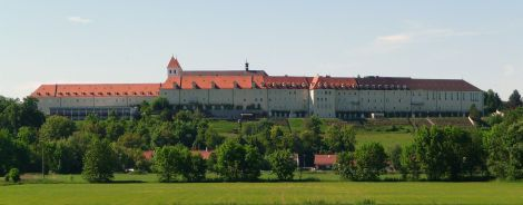 Kloster Mallersdorf (Photo from commons.wikipedia.org)