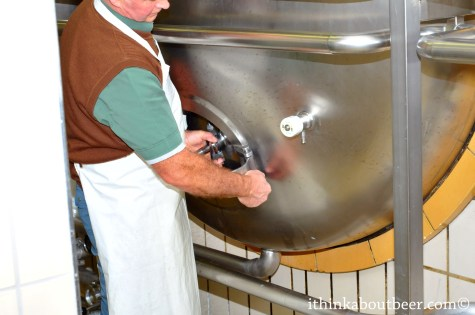 Opening the Horizontal Fermenter - Orval