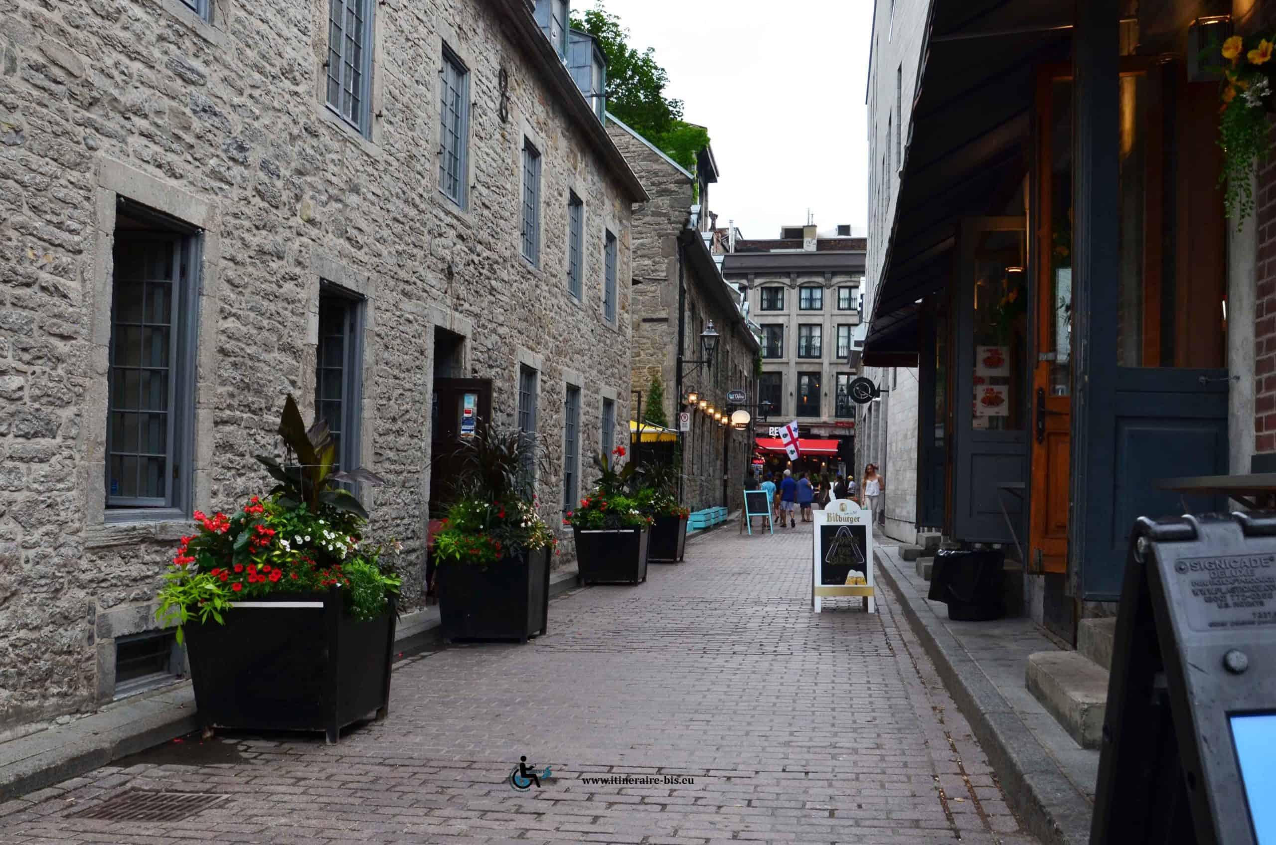 Les pierres grises sont typiques de Montréal
