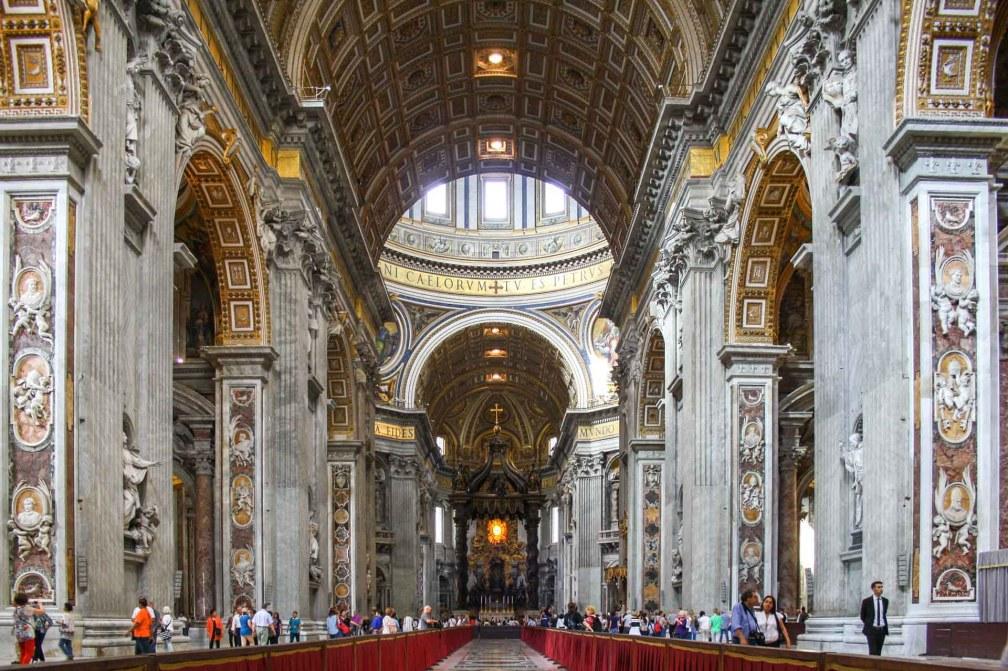 basilique Saint-Pierre nef