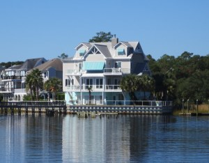 Very Nice Houses Along Parts of NC ICW