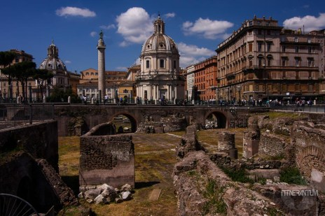 View over the ruins of Trajan's Market and Column