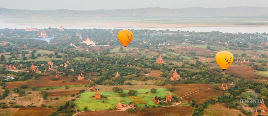 balloons-over-bagan-myanmar