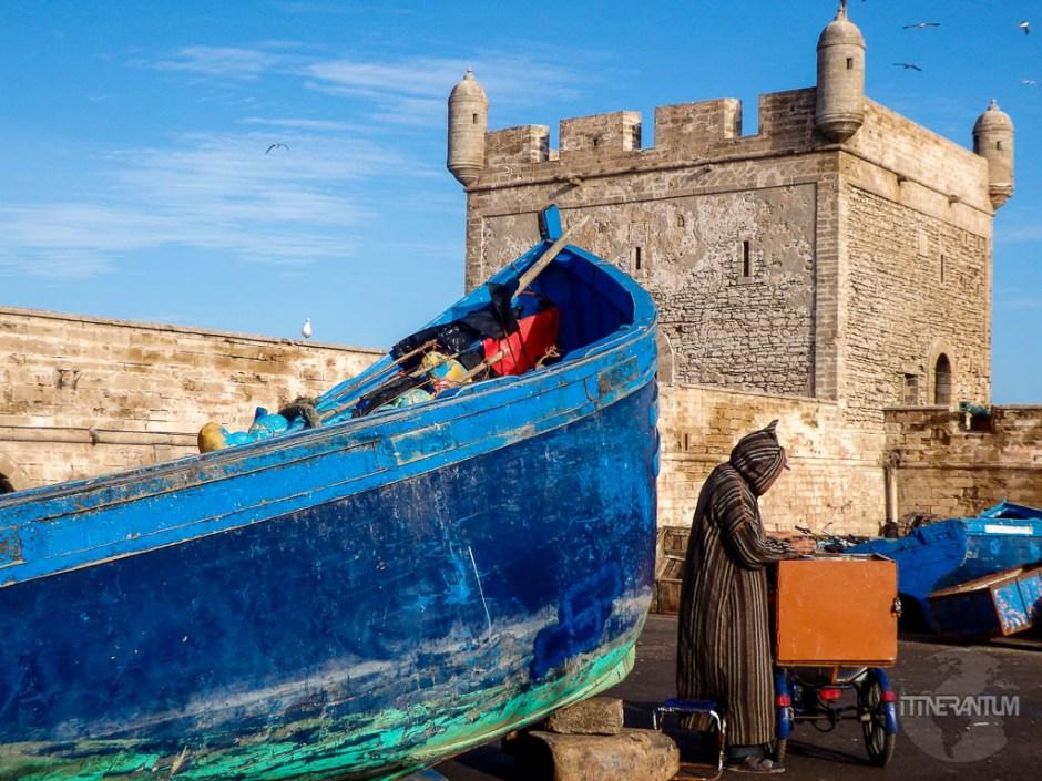 essaouira morocco colors