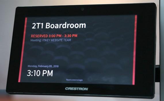 Crestron TSW760 featured image