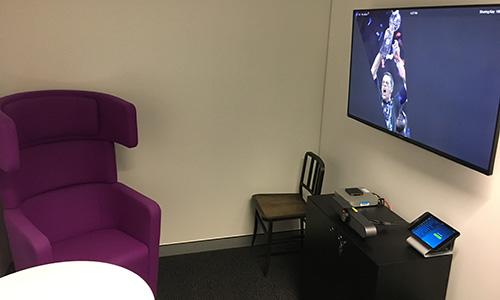 Zoom huddle room