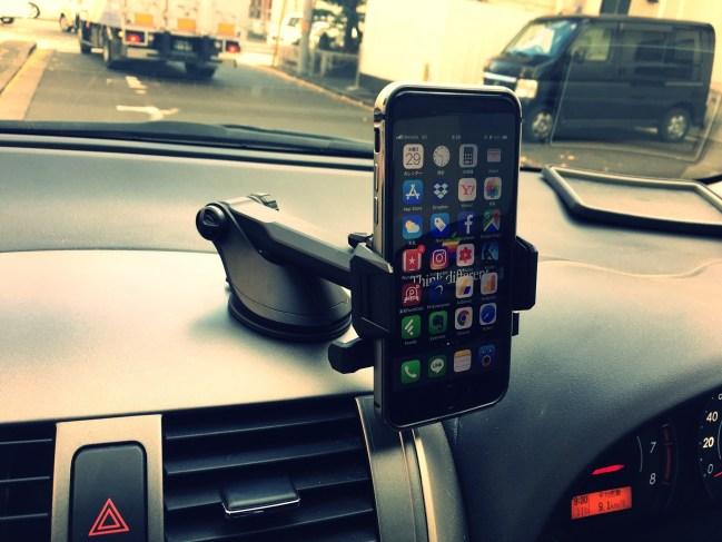 IMG spigen iphone car holder top2