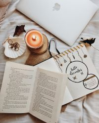 P I N T E R E S T// @janekrogers13 Autumn Aesthetic Photography Books #2058884 HD Wallpaper & Backgrounds Download