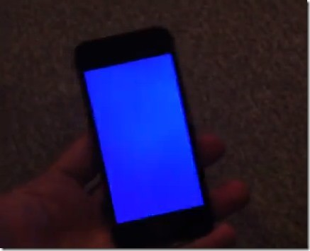 iPhone-5S-Blue-Screen-Of-Death