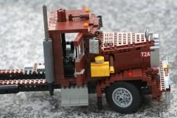 MOC Peterbilt 281 (5)
