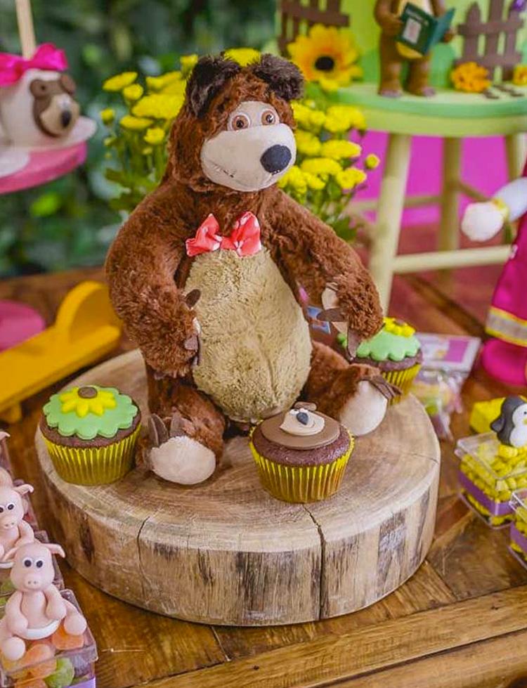 Festa Masha e o Urso decoração da mesa It Mãe