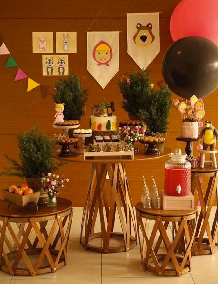 Festa Masha e o Urso decoração minimalista