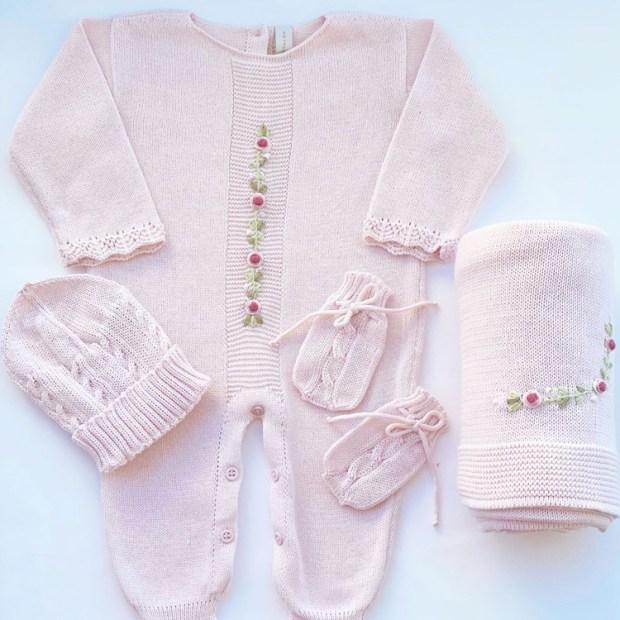 Macacão rosa para momentos especiais do bebê Petrushko Baby - It Mãe