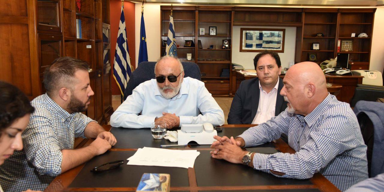 Συνάντηση με το βουλευτή ΣΥΡΙΖΑ Μαγνησίας Αλέξανδρο Μεϊκόπουλο και τον πρόεδρο του Οργανισμού Λιμένα Βόλου Θρασύβουλο Σταυριδόπουλο