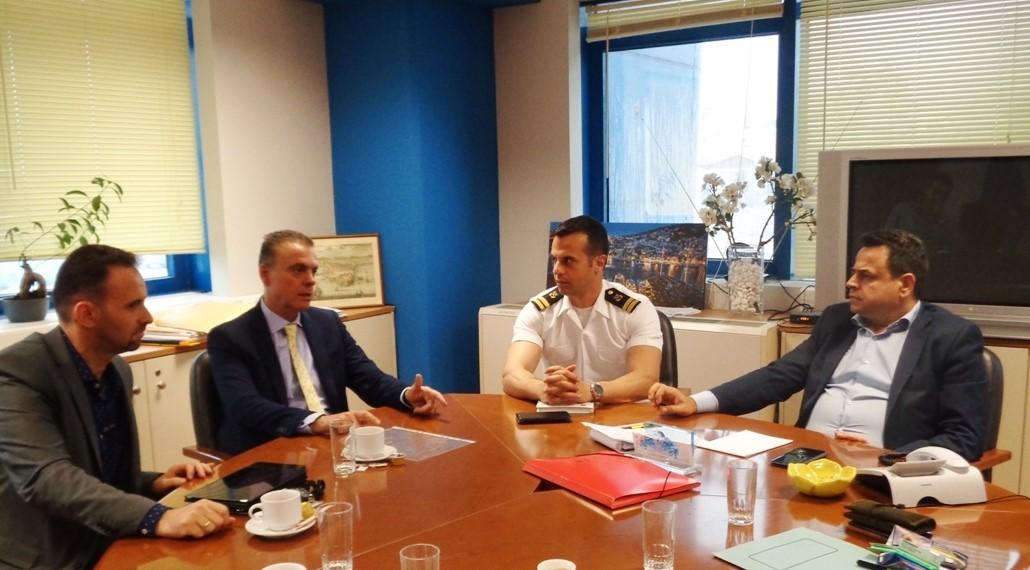 Συνάντηση  του Ε.Ο.Α.Ε. Ν.  με τον Υφυπουργό Νεκτάριο  Σαντορινιό   με θέμα το Μεταφορικό Ισοδύναμο