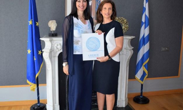 Συνάντηση της Υπουργού Τουρισμού Έλενας Κουντουρά με την Πρέσβη του Λιβάνου Ντόνα Μπαρακάτ για την ενδυνάμωση της τουριστικής συνεργασίας