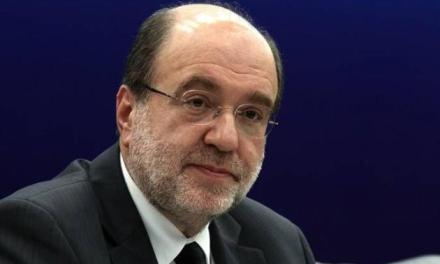 Αλεξιάδης: Κανείς δε μιλά για την είδηση της ημέρας, ότι δηλαδή οι εισφορές του ΕΦΚΑ μειώνονται