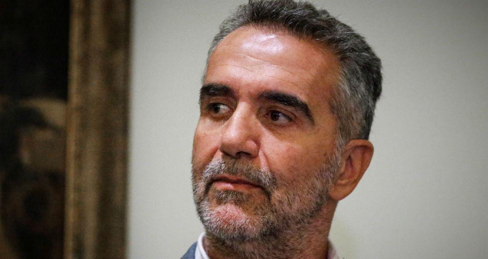 Παραιτήθηκε ο πρόεδρος του ΕΟΤ για τις φιλοχουντικές απόψεις Λούλη