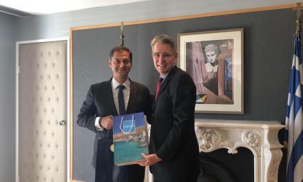 Συνάντηση στο υπουργείο Τουρισμού με τον πρέσβη των ΗΠΑ κ. Geoffrey Pyatt, είχε σήμερα ο υπουργός Τουρισμού κ. Χάρης Θεοχάρης