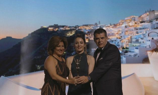 Athina Luxury Suites: Best Wedding & Luxury Honeymoon Hotel στην Ευρώπη, Best Destination Wedding & Romantic Hotel στην Ελλάδα