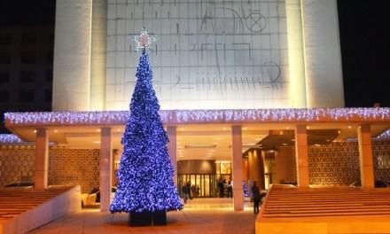 Hilton Αθηνών: Εορταστικά μενού και υπηρεσίες σπα για τα Χριστούγεννα