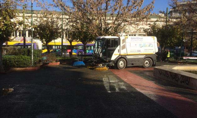 Δράσεις καθαριότητας και αποκατάστασης στην Πλατεία Αττικής από τον Δήμο Αθηναίων (ΦΩΤΟ)