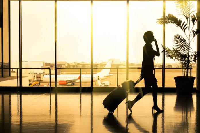 Για ποια υπηρεσία ξόδεψαν χρήματα όσοι ταξίδεψαν αεροπορικώς