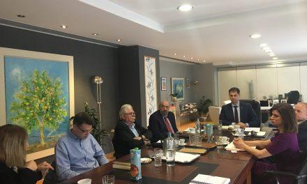 Ενημέρωση από τον Υπουργό Τουρισμού στα κόμματα της αντιπολίτευσης για το θέμα του κορονοϊού