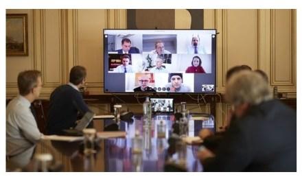 Τηλεδιάσκεψη Μητσοτάκη για την επανεκκίνηση του τουρισμού μετά τον COVID-19