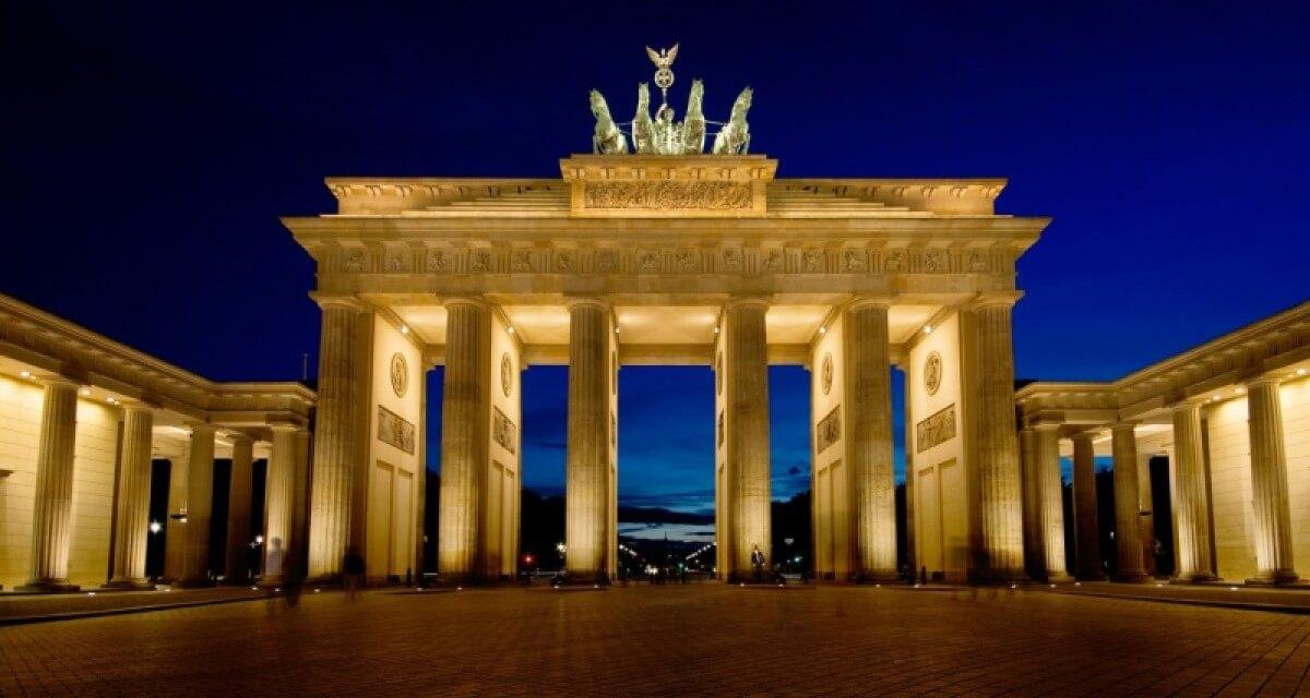 Στις αρχές του 2022 θα επανέλθει στα προ κορωνοϊού επίπεδα η γερμανική οικονομία