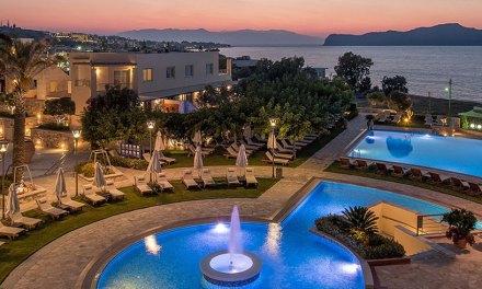 """Στα """"τυφλά"""" η τουριστική σεζόν – Στην αντεπίθεση περνούν οι φορείς της Κρήτης"""
