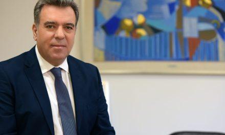 Ο Υφυπουργός Τουρισμού, κ. Μάνος Κόνσολας, έκανε την ακόλουθη δήλωση:Το Υπουργείο Τουρισμού ουδέποτε διαχώρισε τα νησιά σε κατηγορίες.