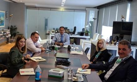 Συνάντηση κ. Χάρη Θεοχάρη με τους Προέδρους του ΞΕΕ, της ΠΟΞ και του ΠΙΣ για τα υγειονομικά πρωτόκολλα