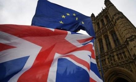 Βρετανία: Αίρεται από 10 Ιουλίου η υποχρεωτική καραντίνα για ταξιδιώτες