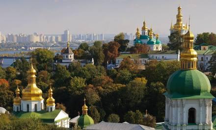 Κλειστά τα σύνορά της η Ουκρανία σε όλους τους τουρίστες