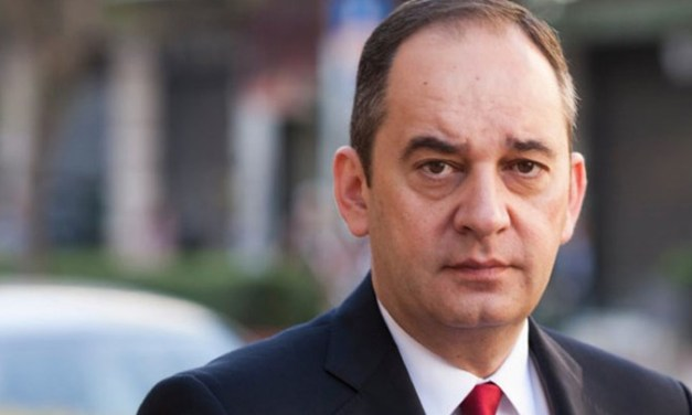 ο Υπουργός κ. Γιάννης Πλακιωτάκης βρέθηκε θετικός στον ιό COVID19