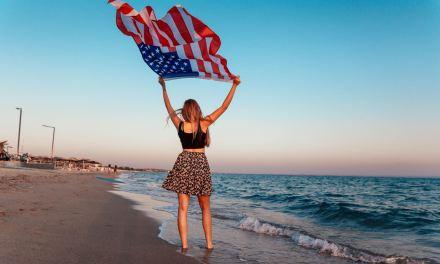 Οι Αμερικανοί τουρίστες μπορούν να «σώσουν» το ελληνικό καλοκαίρι