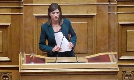 Κ.Νοτοπούλου: Χωρίς απαντήσεις, χωρίς σχέδιο ,χωρίς συναίσθηση ευθύνης ο Υπουργός Τουρισμού στην Βουλή