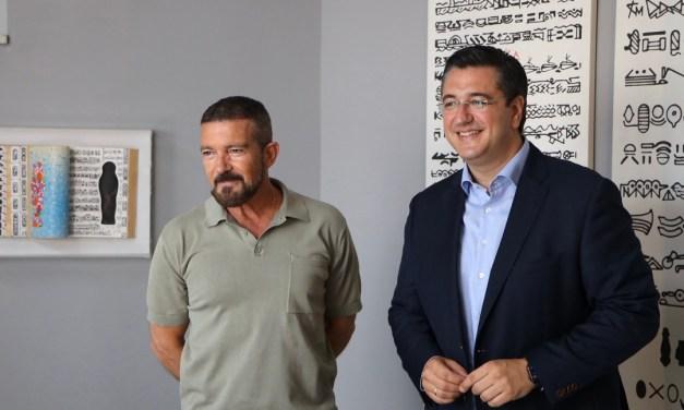 Επίσκεψη του Περ.Κεντρικής Μακεδονίας στα γυρίσματα της ταινίας «The Enforcer» με πρωταγωνιστή τον Antonio Banderas