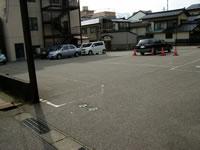 第二黒姫ビル駐車場