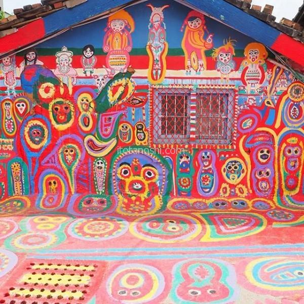 台中に行ったのはここが見たかったから! 94才のおじいちゃんが家や家の周りに絵を描いちゃった、彩虹眷村。台湾台中