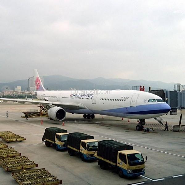 5泊6日の跨年台湾。帰ります~久々に濃厚に楽しく娘と過ごしたので、お互いに少し淋しくなったりしました。8月からの成長ぶりが著しくて、頼もしかった♡#跨年 #台湾 #台北 #松山空港 #チャイナエアライン #中華航空 #chinaairline