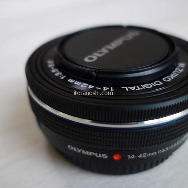 私が愛用しているミラーレス一眼カメラ、OLYMPUS(オリンパス) OM-D E-M10 Mark IIのレンズ、M.ZUIKO DIGITAL ED 14-42mm F3.5-5.6 EZ が不調でした。だましながら使っていたんだけど、いよいよ「レンズの状態を確認してください」と表示が出てしまった…修理も考えたのですが、ZUIKOのレンズは比較的購入しやすいお値段なのでポイントを利用して買ってもらいました♪#カメラ #ミラーレス #ミラーレスカメラ #ミラーレス一眼 #オリンパス #Olympus #OMD #ZUIKO #ズイコー #レンズ #instalove #instalover #instalovers
