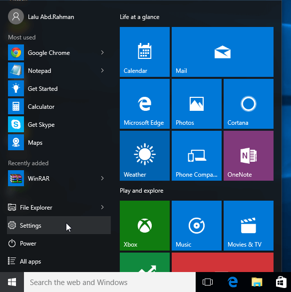 Buka Settings Windows 10 dari Start