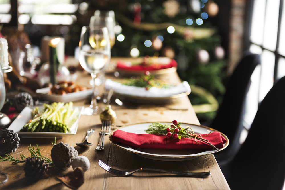 How to Handle Holiday Parties Without Ruining Your Diet