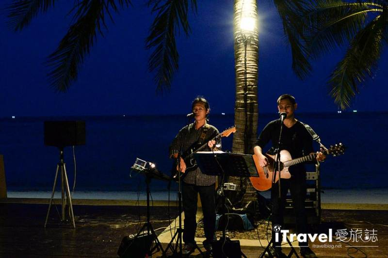 《蘇美島餐廳推薦》Kandaburi Resort Buffet Dinner 浪漫自助餐廳,夜晚迎月光與動人音樂